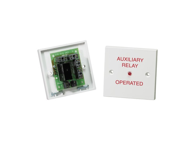 R24 Auxillary Relay Units 24Vdc Opened